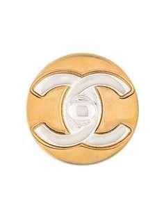 Chanel Pre-Owned брошь с логотипом CC
