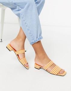 Оранжевые туфли на низком каблуке с двумя ремешками в клетку Monki-Оранжевый