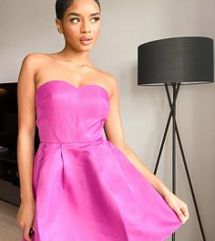 Ярко-розовое платье-бандомини Chi Chi London Petite-Розовый