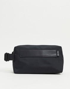 Черный несессер с логотипом Calvin Klein