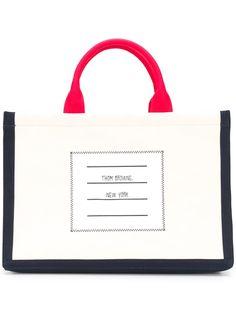 Thom Browne квадратная сумка-тоут с принтом