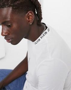 Белаяфутболкас логотипомCalvin Klein Jeans-Белый
