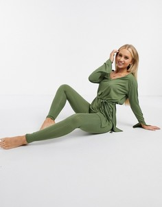 Топ в рубчик с глубоким вырезом и леггинсы Femme Luxe-Зеленый