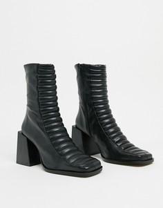 Черные кожаные полусапожки на каблуке ASOS DESIGN premium-Черный