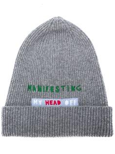 La Doublej шапка бини Manifesting с вышитой надписью