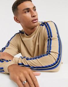 Коричневый свободный лонгслив с лентой на плечах ASOS DESIGN-Светло-коричневый