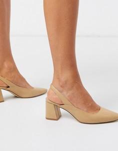 Туфли нюдового цвета на блочном каблуке Truffle Collection-Бежевый