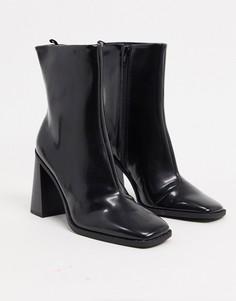 Черные ботинки из искусственной кожи на каблуке Monki-Черный
