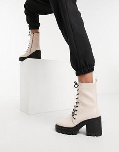 Светло-розовые массивные ботинки на каблуке и со шнуровкой из искусственной кожи Truffle Collection-Розовый