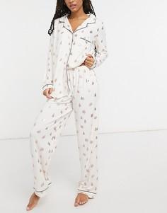 Кремовая пижама с принтом в виде елочек с эффектом «металлик» Chelsea Peers-Кремовый