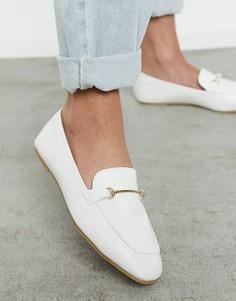 Белые с золотистой отделкой туфли на плоской подошве с мягким квадратным носком RAID Vella-Белый