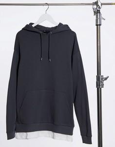Oversized-худи черного цвета с эффектом потертости и имитацией одетой снизу футболки ASOS DESIGN-Черный