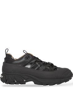 Burberry массивные кроссовки Arthur