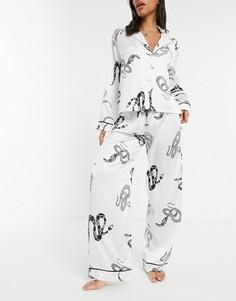 Белая классическая атласная пижама с рубашкой и штанами со змеиным принтом ASOS DESIGN premium-Белый