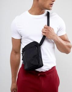 Черная дорожная сумка Nike Tech-Черный