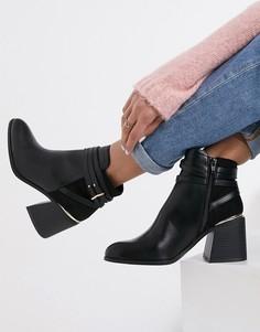 Черные ботинки челси на каблуке с пряжками Miss Selfridge-Черный