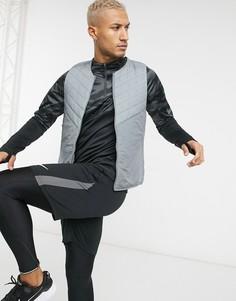 Серый многослойный жилет с технологией aerolayer Nike Running Essentials