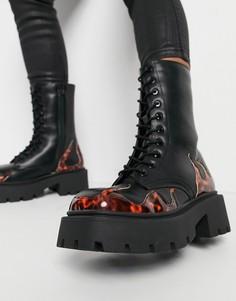 Черные массивные ботинки на шнуровке с квадратным носком с декоративными вставками в виде пламени Truffle Collection-Черный