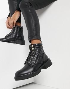 Черные походные ботинки со стеганым дизайном, шнуровкой и отделкой искусственным жемчугом New Look-Черный