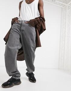 Серые выбеленные мешковатые джинсы ASOS DESIGN-Серый