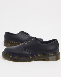 Черные туфли на плоской подошве с 3 люверсами Dr Martens Vegan 1461-Черный