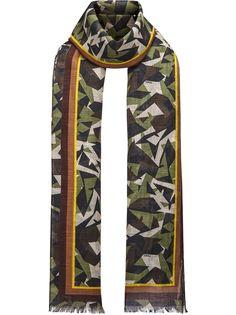 Fendi шарф с камуфляжным принтом Bag Bugs