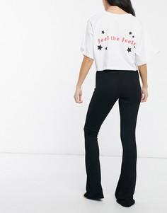 """Укороченный пижамный белый с черным комплект """"feel the feels"""": футболка и расклешенные брюки ASOS DESIGN-Многоцветный"""