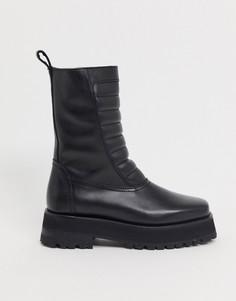 Черные кожаные ботинки на плоской массивной подошве с уплотненными вставками & Other Stories-Черный цвет