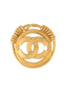 Chanel Pre-Owned брошь 2001-го года с логотипом CC