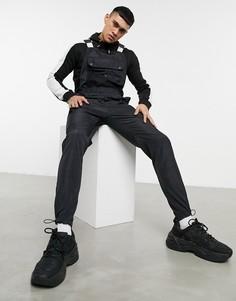 Черный нейлоновый комбинезон с карманами из сетчатого материала Liquor N Poker-Черный цвет