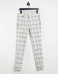 Белые зауженные брюки в крупную клетку с цепочкой Twisted Tailor-Белый
