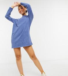 Голубое платье-футболка в стиле oversized с длинными рукавами и эффектом кислотной стирки ASOS DESIGN Petite-Голубой