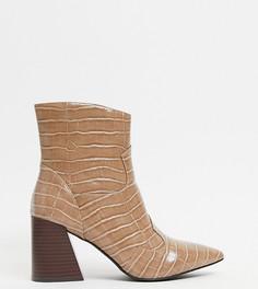 Серо-коричневые ботинки на каблуке с эффектом крокодиловой кожи Simply Be Wide Fit-Коричневый цвет