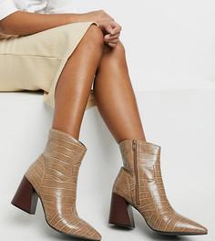 Серо-коричневые ботинки с эффектом крокодиловой кожи на каблуке Simply Be Extra Wide Fit-Коричневый