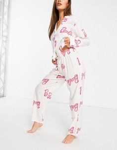 """Белая пижама из 100% модала с рубашкой ибрюками и розовым принтом """"Barbie"""" ASOS DESIGN-Белый"""