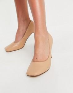 Бежевые туфли на каблуке с квадратным носком Truffle Collection-Нейтральный