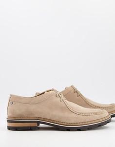 Замшевые туфли песочного оттенка нашнуровке и массивной подошве Ben Sherman-Нейтральный