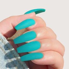 24шт Однотонные накладные ногти и 1шт пилка для ногтей и 1 лист лента Shein