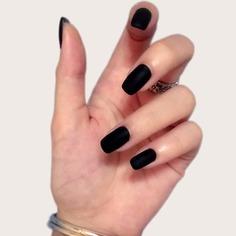 24шт Однотонные накладные ногти и 1 лист ленты Shein