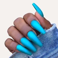 24шт накладные ногти, 1 лист лента и 1шт пилочка для ногтей Shein