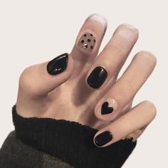 24шт Накладные ногти в горошек и 1 лист ленты Shein