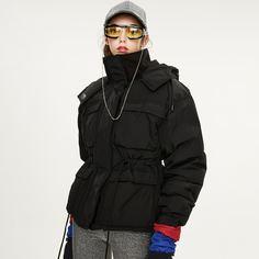 Пуховое пальто на молнии с капюшоном Shein