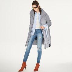 Пуховое пальто в полоску на молнии с карманом и текстовой заплатой Shein