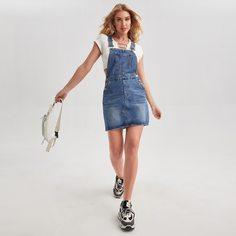 Джинсовое платье с пуговицами и карманом Shein