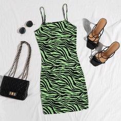Облегающее платье в полоску зебры Shein