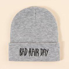 Мужская шапка с текстовой вышивкой Shein