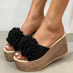 Туфли на танкетке с цветком Shein