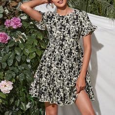 С оборками Цветочный принт Повседневный Платье Shein