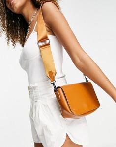 Светло-коричневая сумка с ремешком через плечо и клапаном Claudia Canova-Коричневый цвет