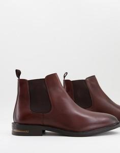 Коричневые кожаные ботинки челси на каблуке с металлической отделкой Walk London Oliver-Коричневый цвет